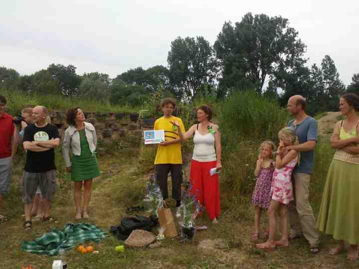 Uitreiking groen lintje aan Bijenlint Deventer-75